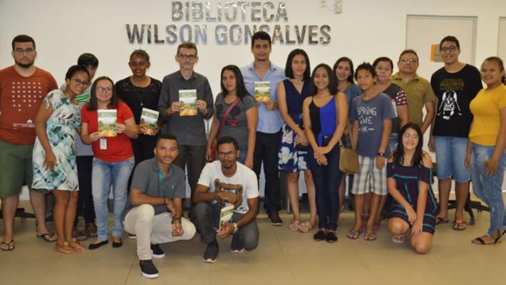 Coletivo de Leituras Barras do Marataoã contagia jovens barrenses pelo interesse por obras regionais.